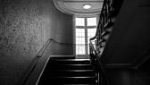 """""""Heisen til fremgang er ødelagt. Du blir nødt til å ta trappene... et steg omgangen."""" Joe Girard"""